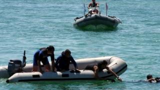 Scafandrii militari intervin în căutarea directorului APIA dispărut în Lacul Beliș
