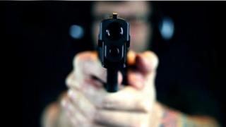 Scandalos! Pistolar într-un club constănțean!