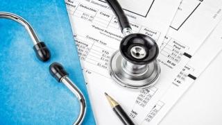 CNAS: 13.000 de persoane vor beneficia de scheme noi de tratament