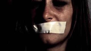 Se schimbă legea în privinţa violenței domestice? Ar fi perfect!