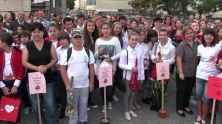 Protest la Primăria Mangalia, la sfârșitul anului școlar!