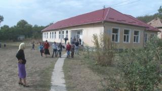 Numărul şcolilor din România, în scădere faţă de anii trecuţi