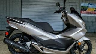 1600 de scutere electrice confiscate de vameși în Portul Agigea