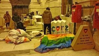 Scorz - Cort pliabil destinat persoanelor fără adăpost! Viral!