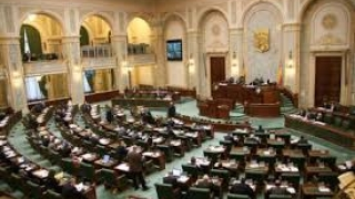 Amenzile date în timpul stării de urgenţă, declarate neconstituţionale de CCR, au trecut de Senat fără dezbatere şi vot