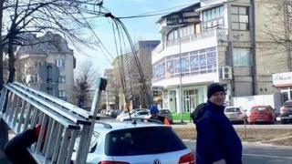 Atenție, se taie cablurile de pe bulevardele Constanței!