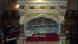 377 ani de când au fost aduse moaștele Sfintei Cuvioase Parascheva la Iași