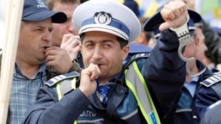 MAI anunță creșteri salariale, dar sindicaliștii amenință cu proteste