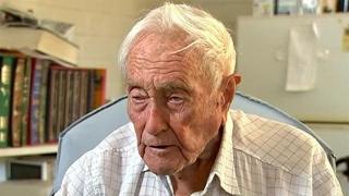 Avea 104 ani! S-a sinucis cel mai bătrân om de ştiinţă din Australia