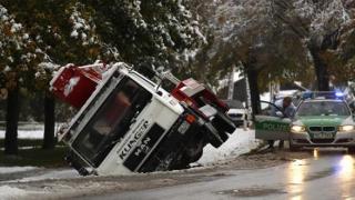 Situație critică în sudul Germaniei: drumuri blocate din cauza zăpezilor