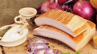 De la nutriționiști: beneficiile consumului de slănină
