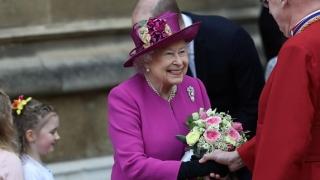 Regina Elisabeta a II-a, la slujba de Paşte la Capela St. George Windsor
