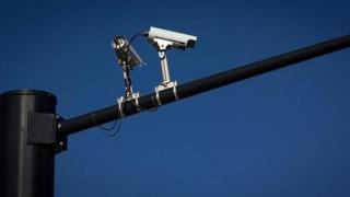 Ce se întâmplă cu camerele FOTO şi VIDEO amplasate pe drumurile publice