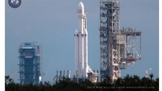 Moment istoric! SpaceX lansează racheta Falcon 9
