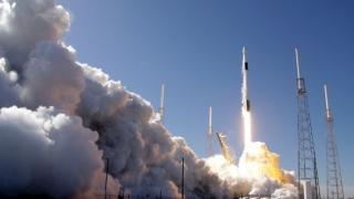 Zi istorică: SpaceX şi NASA se pregătesc de o nouă lansare a navei Crew Dragon către Staţia Spaţială Internaţională, astăzi, la ora 22