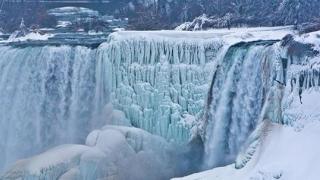 SPECTACULOS! A îngheţat Niagara! Imagini superbe!