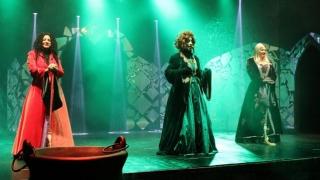 Spiridușii, vrăjitoarele și hobiții își fac de cap