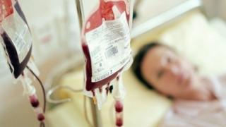 Spitalul în care doi pacienți au murit în urma unei transfuzii, sancționat cu 25.000 lei