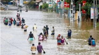 11 morți în inundații, peste 200.000 de persoane sinistrate!