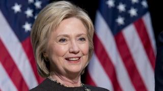 Clinton anunţă că nu va merge în Mexic în campania electorală