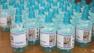 De Bobotează, Arhiepiscopia Tomisului pregătește 200.000 de sticle cu agheasmă!