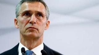 """Stoltenberg: NATO este """"gata să ajute"""" la găsirea avionului Egyptair"""