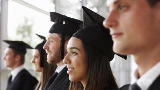 Noi reguli pentru studenţii internaţionali din Marea Britanie