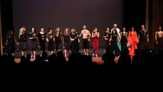 Studenții și profesorii de la Arte au dansat pentru copiii din centrele de plasament