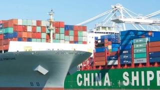 SUA impune taxe de sute de miliarde de dolari pe produsele din China