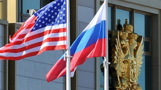 Războiul rece al cuvintelor. Trump, un orator iresponsabil! Rusia parează!