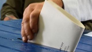 Măsuri pentru alegerile parlamentare: După ora 21.00, activitatea din secţii va fi filmată