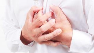 Cum poți supraviețui singur unui atac de cord