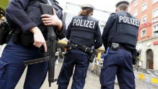 Bărbatul arestat pentru că ar fi pregătit un atentat la debutul Bundesligii e un refugiat sirian