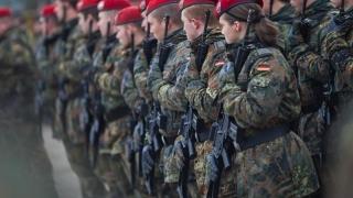 """Sute de milioane de euro, băgate în armată, """"urgent""""! Germania vrea mai mult!"""