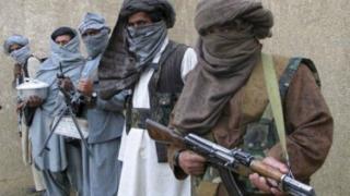 Talibanii au publicat o înregistrare cu doi ostatici care cer ajutorul lui Trump