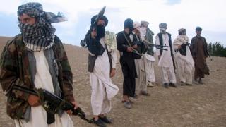Peste 50 de oameni, luați ostatici de mai mulți bărbați înarmați, în Afganistan