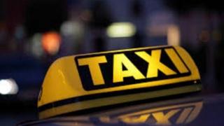 Șofer băut, prins de polițiști cu ajutorul unui taximetrist