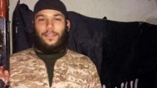 Terorist identificat! A fost călăul islamist care a ARS DE VIU un pilot