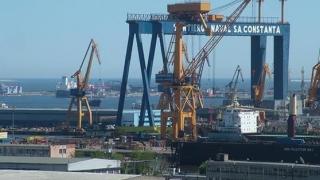 Țesături de peste un milion de lei, confiscate în Portul Constanţa Sud Agigea