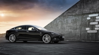 Tesla, comenzi de 10 de miliarde de dolari, în doar 36 de ore de la lansare