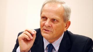 Theodor Stolojan: fuziunea UNPR-PMP mai clarifică scena politică