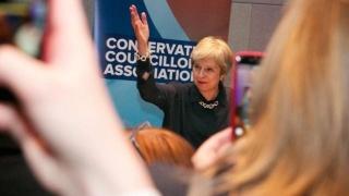 Lupta pentru înlocuirea premierului Theresa May complică negocierile Brexit