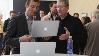 Următorul MacBook Pro trebuie să potolească furia editorilor IT&C