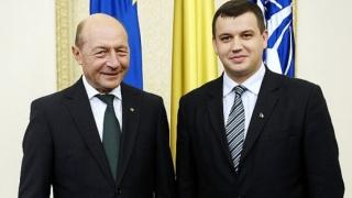 Băsescu îl propune ca prim-ministru pe Eugen Tomac