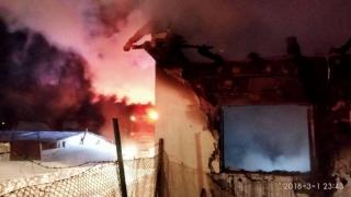 Tineri morți într-un incendiu devastator