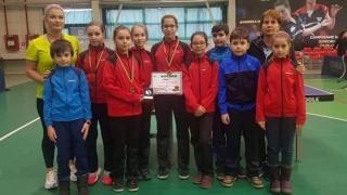 """Junioarele III de la LPS """"Nicolae Rotaru"""", pe podium la CN pe echipe la tenis de masă"""