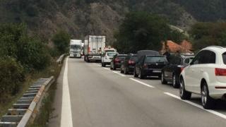 Circulația rutieră pe Valea Oltului va fi închisă duminică dimineață
