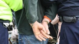 Traficant de droguri dat în urmărire internațională, prins de polițiștii români