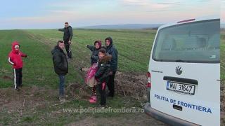 14 cetăţeni irakieni şi cinci traficanti bulgari, opriţi la frontiera cu Bulgaria de Garda de Coastă