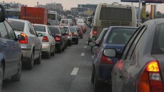 INFOTRAFIC: Coloană de maşini pe aproximativ trei kilometri pe DN 1